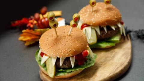Monster hamburger