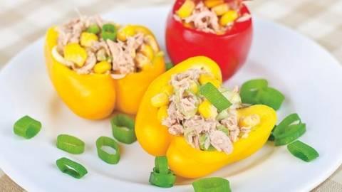 Salata de ton in ardei gras galben