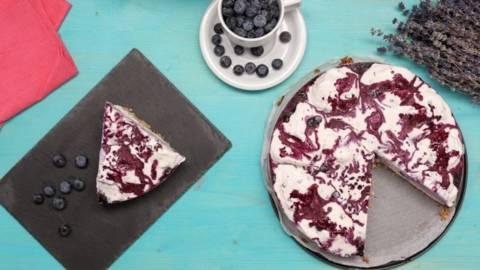 Cheesecake cu afine si inghetata