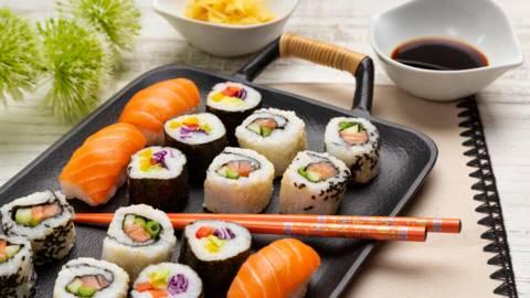 Sushi facut in casa