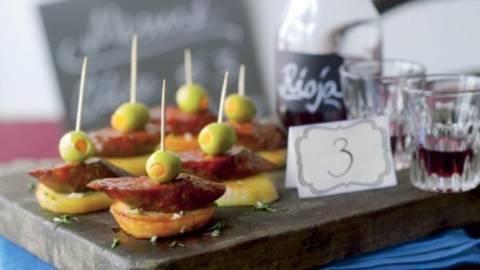 Aperitive cu salam chorizo si cartofi