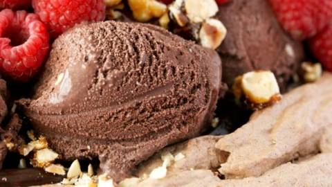 Pavlova de ciocolata