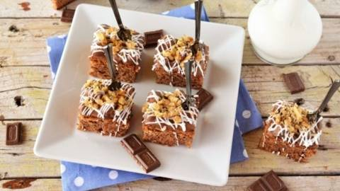 Brownie cu unt de arahide