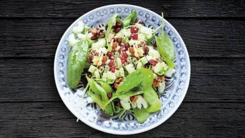 Salata de spanac si branza feta