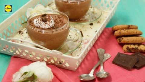 Cupe cu crema de ciocolata si cafea