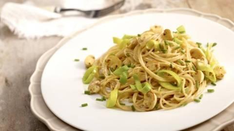 Spaghete carbonara vegetariene