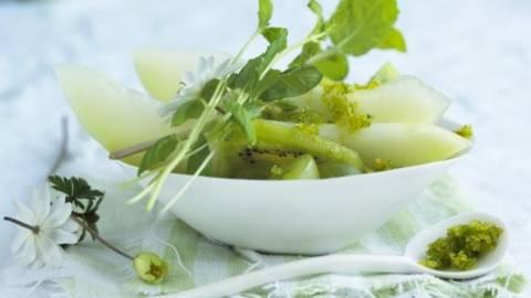 Salata de pepene si kiwi cu lamaie