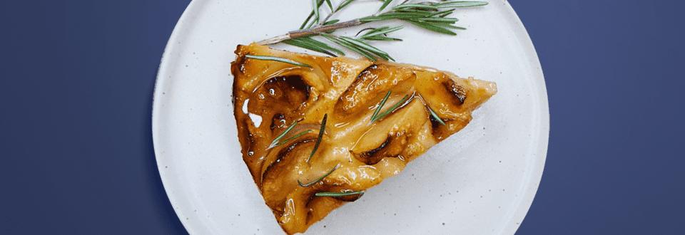 Tort de mere cu rozmarin Bio