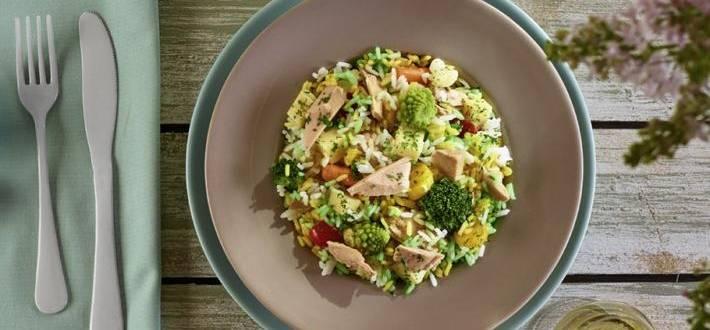Salata de orez cu legume si ton