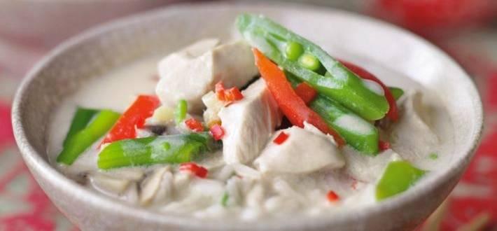 Supa tailandeza de cocos Tom ka gai