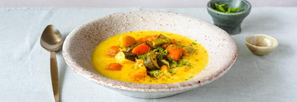 Supa curry cu legume de sezon
