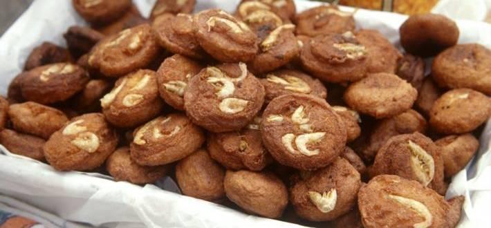 Acaraje de recife (biscuiti brazilieni din fasole si creveti)