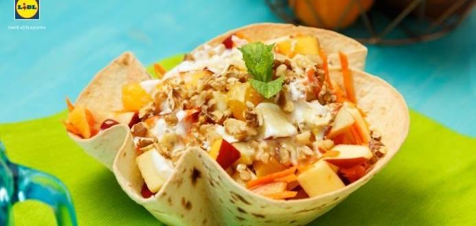 Salata de fructe cu aroma de lamaie
