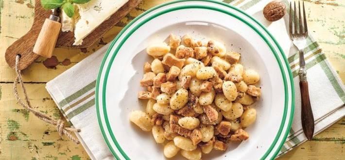 Gnocchi cu sos gorgonzola