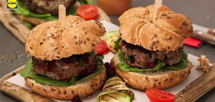 Burger cu carne, dovlecei si masline