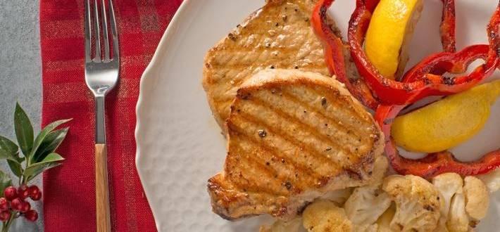 Cotlet de porc aromat cu garnitura de conopida dulce-acrisoara