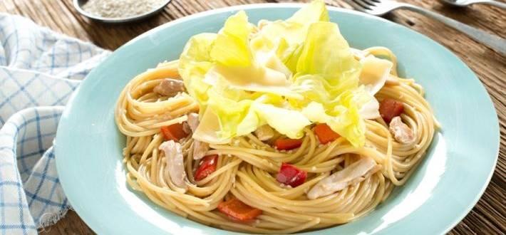 Spaghete cu pulpa de pui