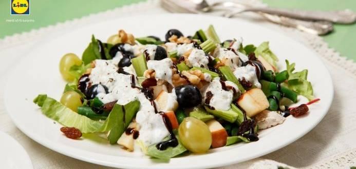 Salata Waldorf cu pui