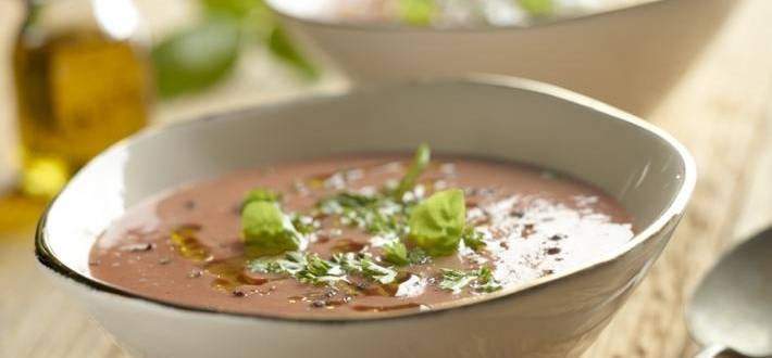 Supa rece de rosii si iaurt